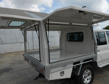 3 door Canopy painted to match vehicle-2000x1499.jpg
