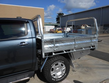 Ranger DC gal tray with optional rear load rack (3)-2000x1499.jpg